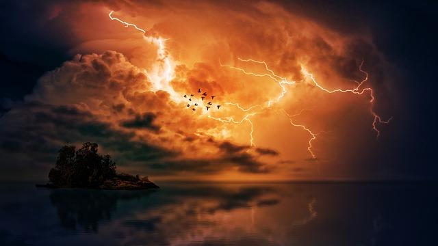 雷鳴している写真