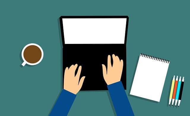 パソコンしているイラスト コーヒー ペン ノート