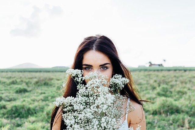 キレイな女性の写真